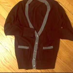Old Navy V-neck Cardigan Sweater/Size L